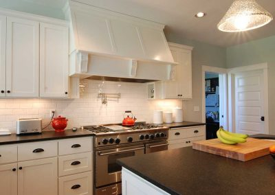 White Kitchen Cabinets White Oven Hood 2