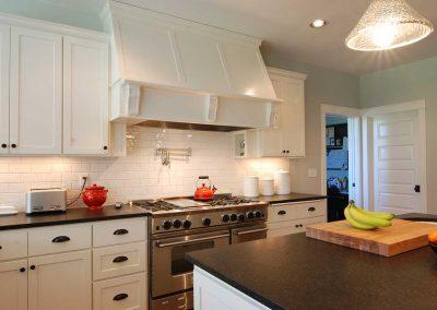 White Kitchen Cabinets White Oven Hood 2